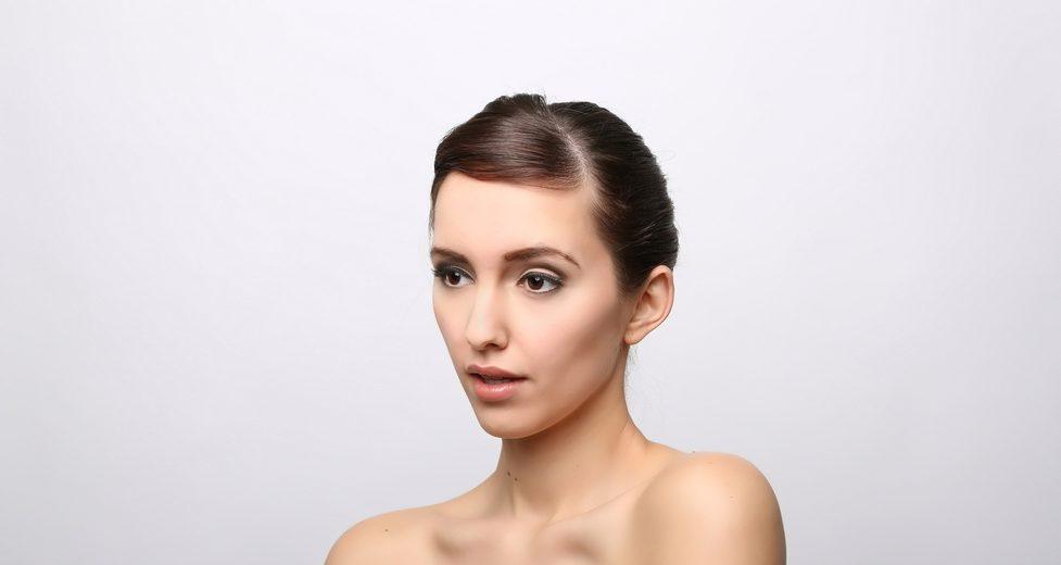 鼻根部Vライン形成の失敗・修正・再手術