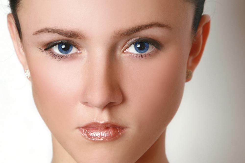 上眼瞼切開法(上まぶたたるみ取り)の失敗・修正・再手術