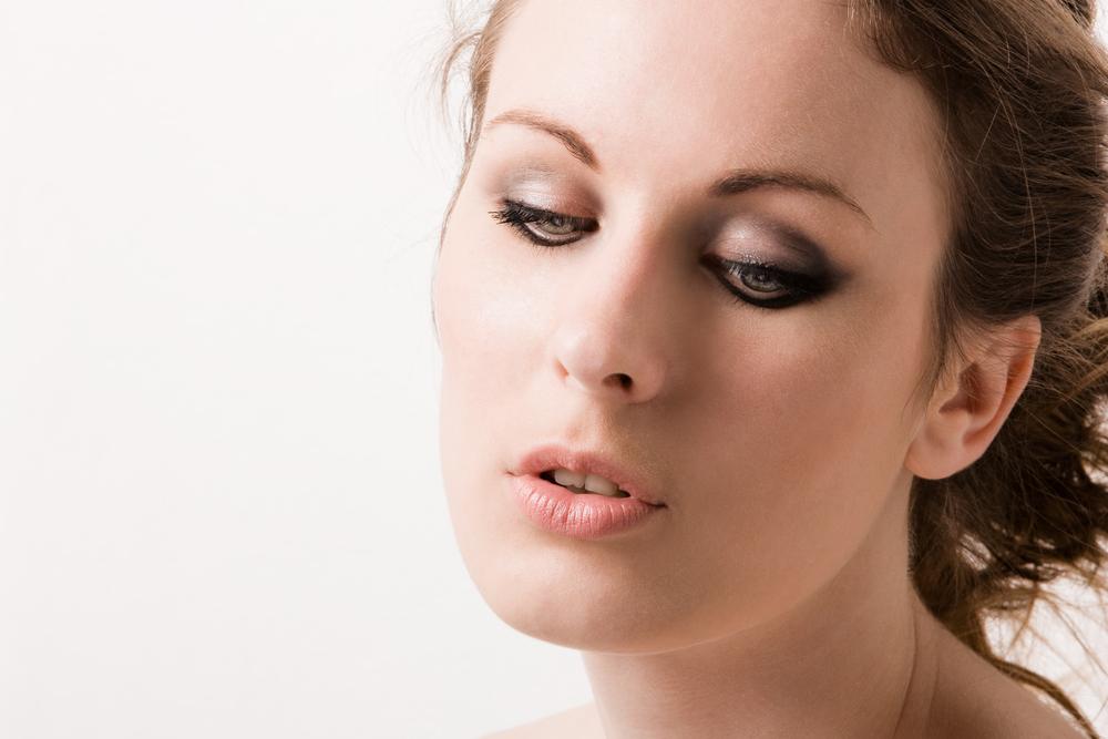 眉下切開法(上眼瞼リフト)の失敗・修正・再手術
