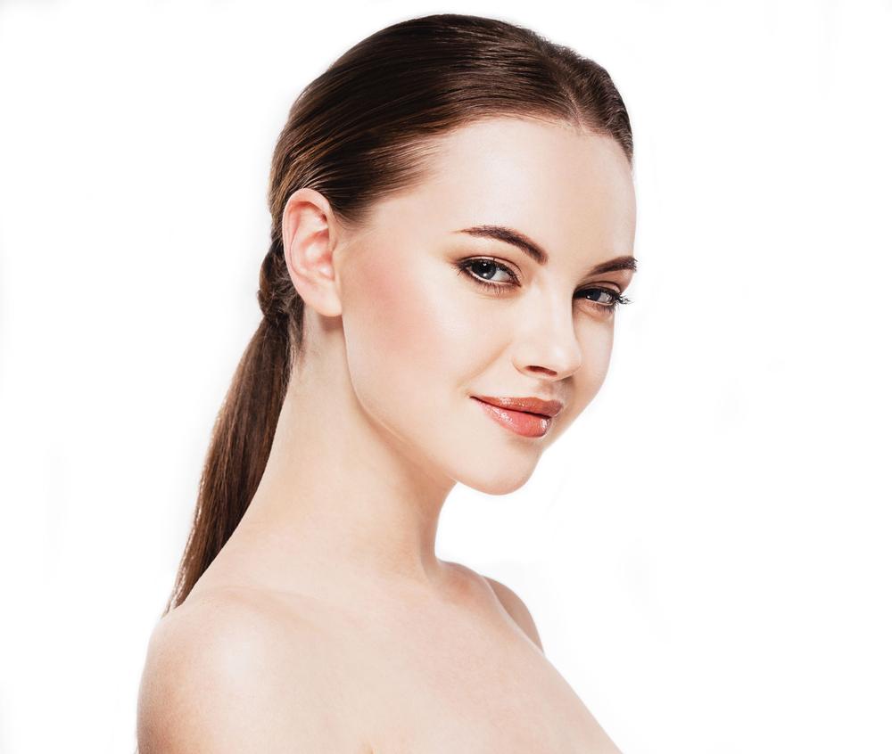 首のしわの美容整形のリアルな効果と失敗・修正